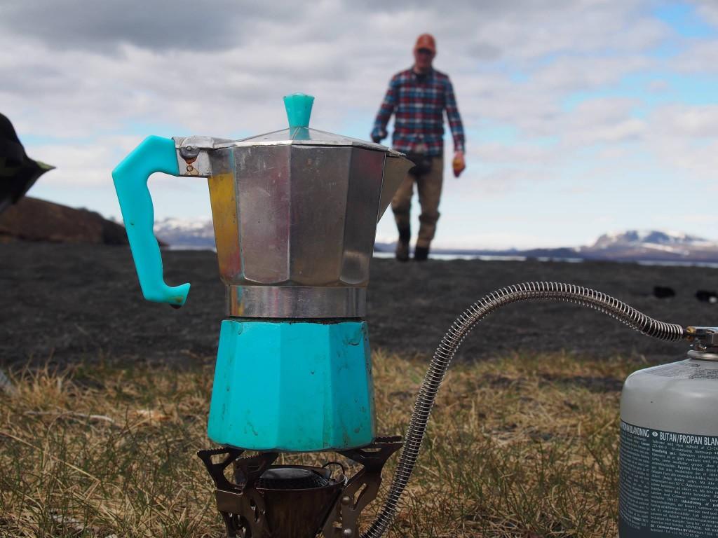 Stefan lager en meget god kaffe