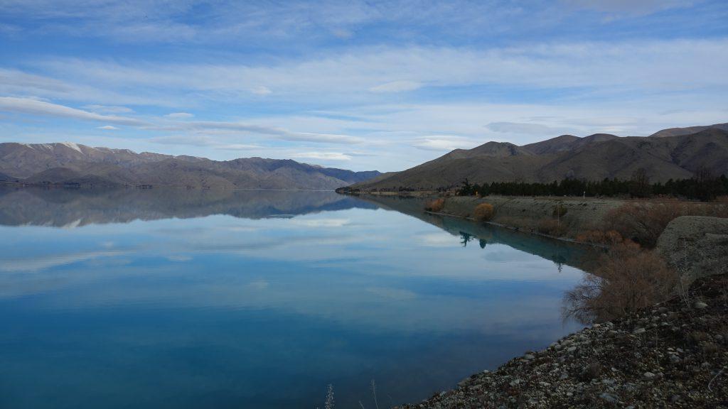 Vindstille Lake Benmore